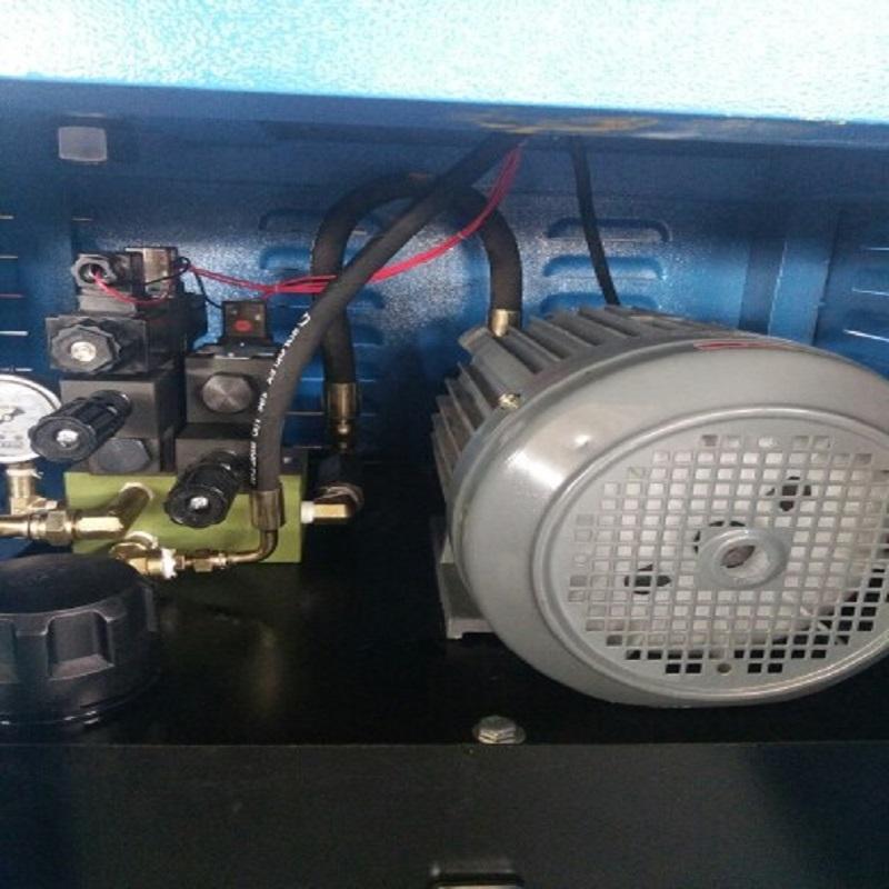 油压系统.jpg