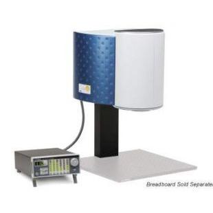 Newport VeraSol-2 LED AAA �太�光模�M器