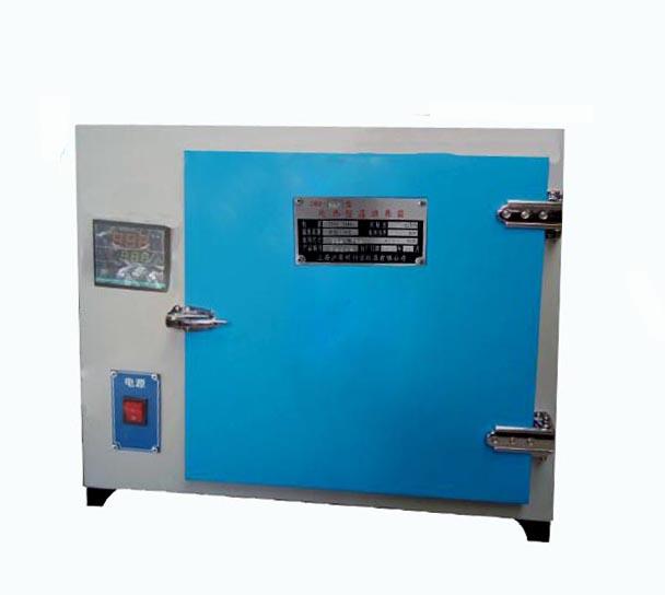 303A-3S电热恒温培养箱   电热培养箱