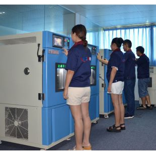 摄像头恒温恒湿环境储存箱-40℃~150 ℃消防高低温试验箱