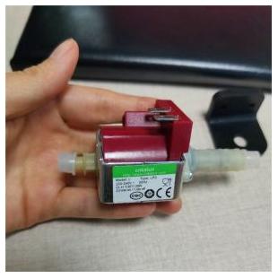 高低溫交變環境試驗箱水泵