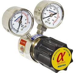二氧化碳用黄铜减压阀,Zda出气压力0.33Mpa,带加热器