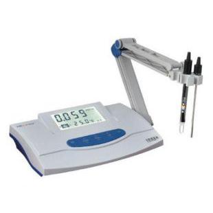 实验室测量水溶液的电导率仪
