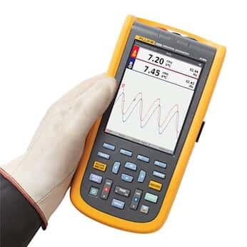 Fluke 125B/S ScopeMeter Industrial Handheld Oscilloscope Kit, 40 MHz, N America