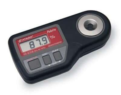 Atago 3442 PR-101A Palette-style digital refractometer, 0.0 to 45.0% Brix