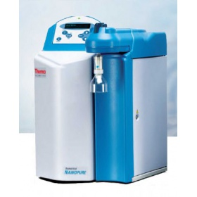 超純水器(Thermo Scientific Nanopure Water Purifier)