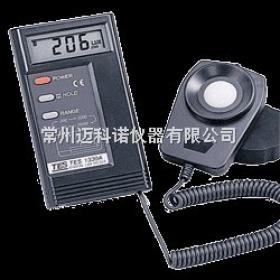 TES-1334A 数字式照度计