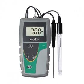 Oakton® pH 6+ 手持式pH计,IN-35613-24