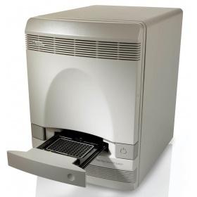 ABI 7300型实时荧光定量PCR仪