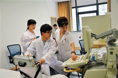 海南近年来已投入1000多万元更新实验室设备