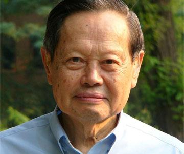 杨振宁、姚期智两教授放弃外国国籍转为中科院院士