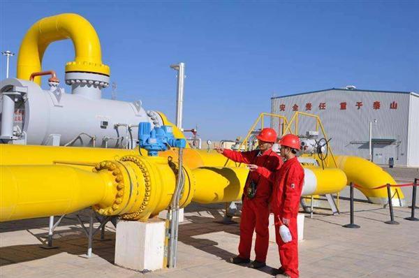 宁夏计量院为西气东输管线提供在线检定服务