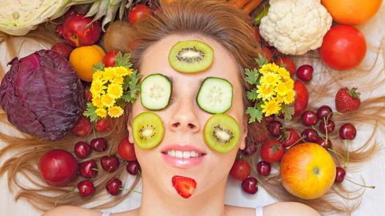 听说食物也能防晒 是真的吗?