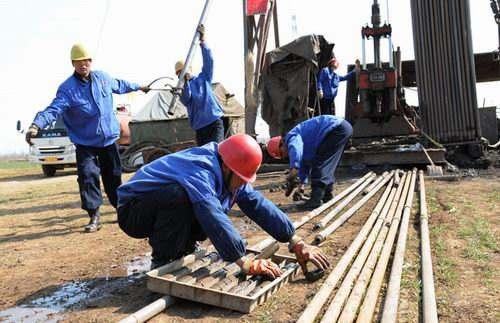 中科院探矿重力仪等8套深部资源探测装备通过验收
