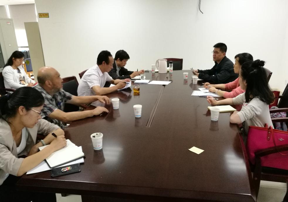 云南省科学技术情报研究院与昆明理工大学交流大型仪器设备开放共享工作