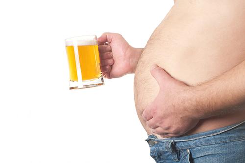 """""""啤酒肚""""真是喝啤酒造成的?"""