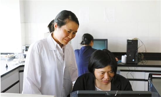 陈素娟将液相色谱检测做到极致