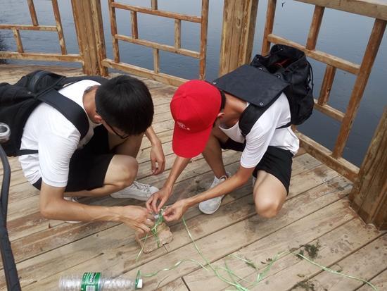 大学生开展文明旅游调研  实验检测黄河水