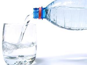 长期饮用纯净水会导致钙流失 是真的吗?