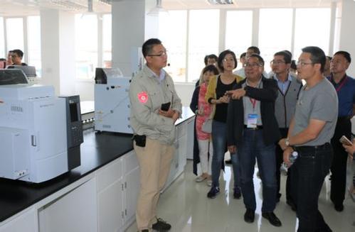 国家蔬菜工程技术研究中心与岛津创建合作实验室