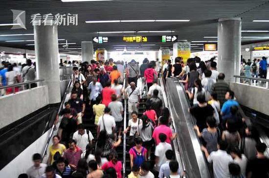 上海2025年轨交网络规模将达24条线路 600余座车站