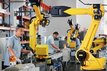 """工业机器人成生产线上""""风景线"""""""