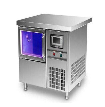 如何正确选购制冰机