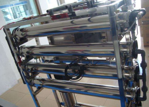 超纯水机滤芯更换周期与方法