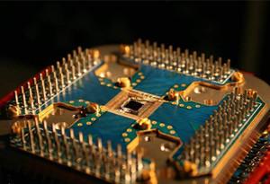美國大學教授利用太赫茲波超導電流成功實現超快量子計算