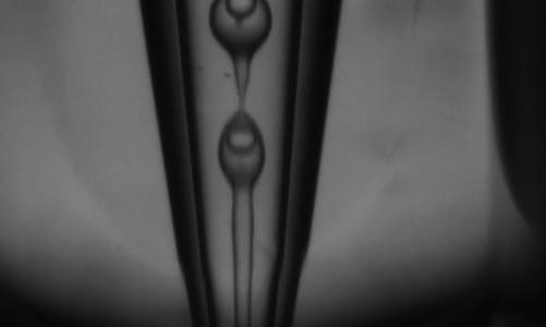 微流控双乳液滴或双包裹液滴的制备
