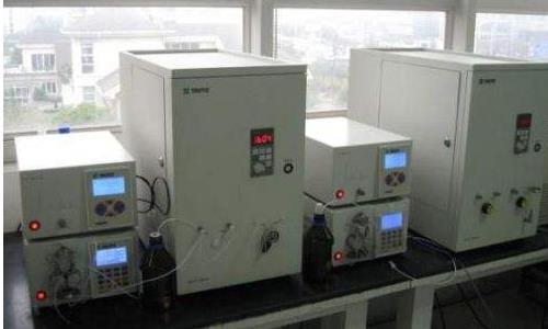 高速逆流色谱仪的基本配置