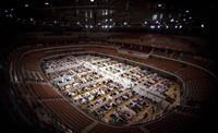 武汉再增约11465个床位 我国的方舱医院具备哪些先进仪器设备